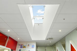 glass skylight mullion